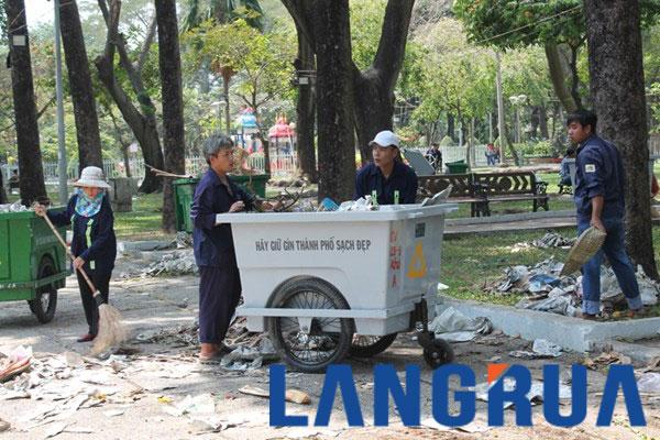 khó khăn trong quản lý xe gom rác